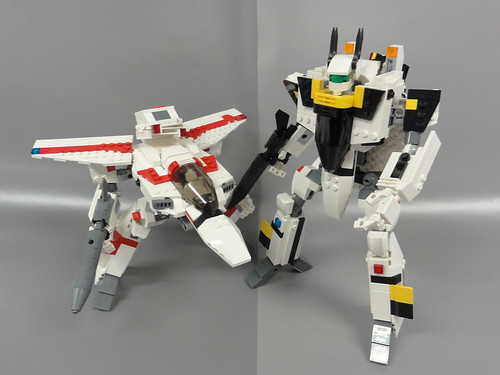 VF-1J/S Valkyrie Gerwalk and Battloid 03