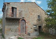 Serra di Rocca Santa Maria, ghost town