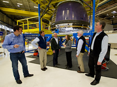 NASA Deputy Visits Blue Origin (201112080001HQ)