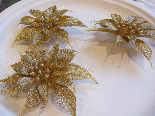 Other gold flowers