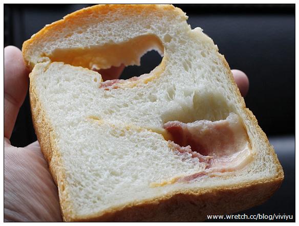 [美食.新北市]三芝小豬.幸福烘焙~起司培根土司好好吃 @VIVIYU小世界