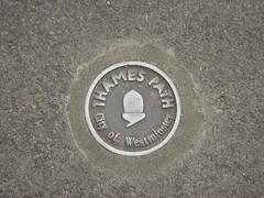 Thames Path Ground
