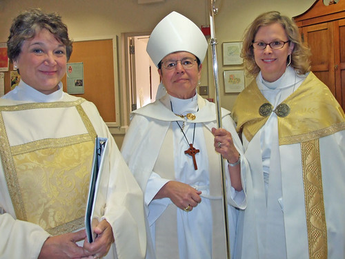 <p>The Rev. Paula Ott, deacon serving at Christ Church Cathedral, Bishop Knudsen and Dean Wade</p>