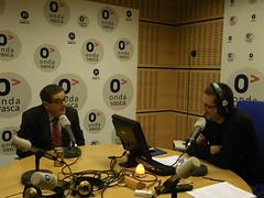 Mario Fernández con Xabier Lapitz en Onda Vasca