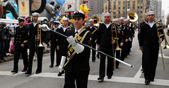 Sailors perform in the Chicago Thanksgiving Da...