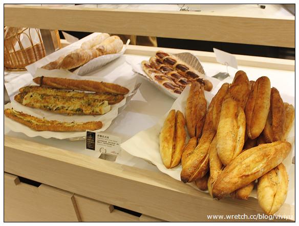 [板橋.美食]哈肯舖.手感烘焙~冠軍麵包新鮮吃 @VIVIYU小世界