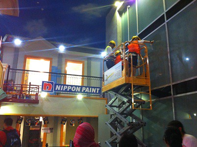 Kidzania Window Cleaning