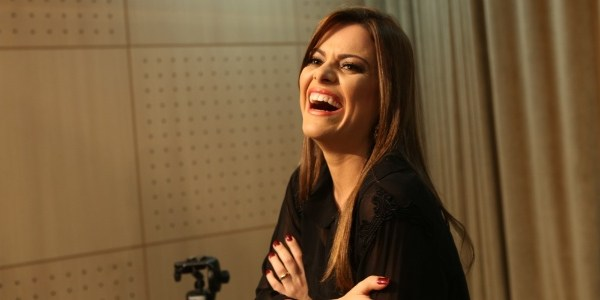 Cantora Ana Paula Valadão critica propaganda da C&A e provoca fúria na web
