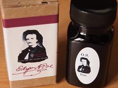 Organics Studio Edgar Allan Poe - Close Up