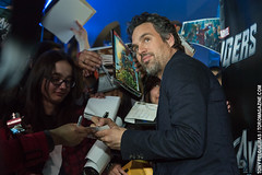 Mark Ruffalo with fans - Marvel's Avengers Red...