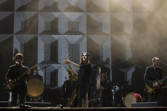 "PJ Harvey - Primavera Sound 2016, sábado - 10 - M63C1775 • <a style=""font-size:0.8em;"" href=""http://www.flickr.com/photos/10290099@N07/27447707526/"" target=""_blank"">View on Flickr</a>"