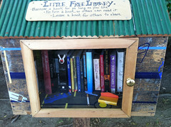 Silverlake's Little Free Library