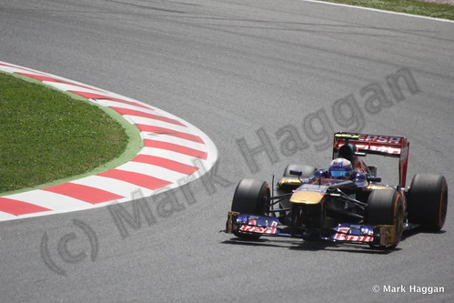 Daniel Ricciardo in qualifying for the 2013 Spanish Grand Prix