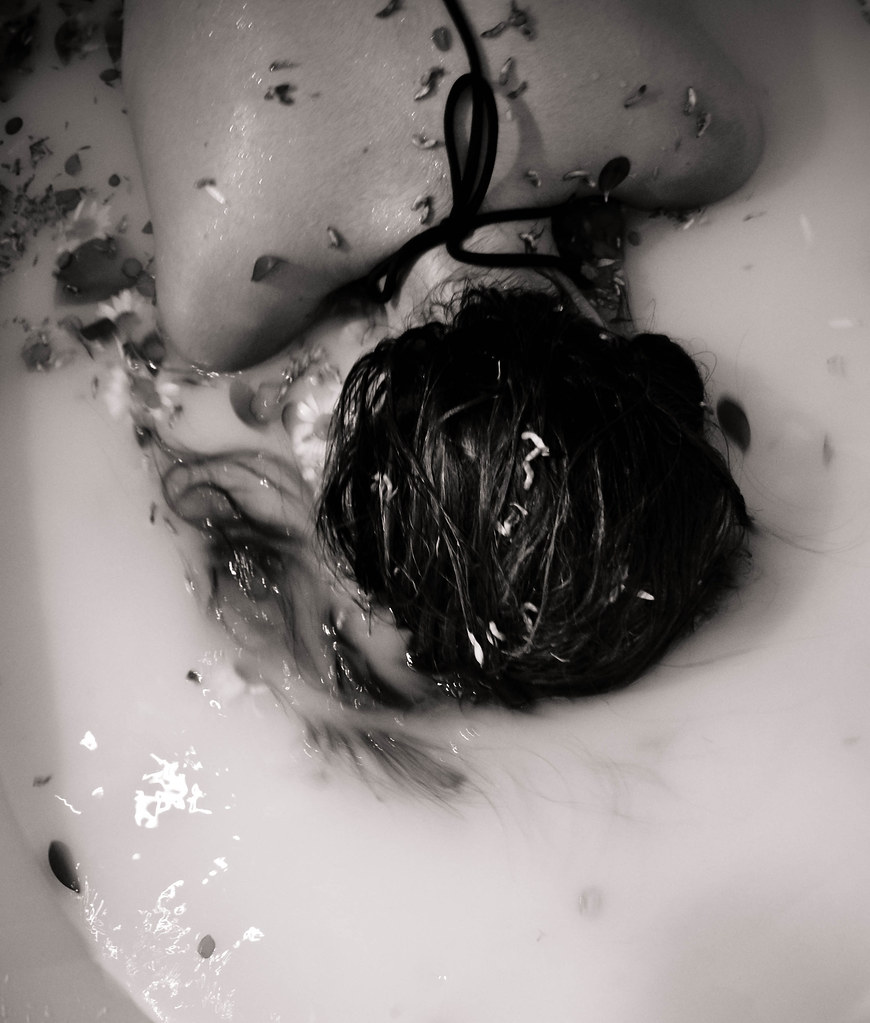 The Worlds Best Photos Of Bathtub And Drowning Flickr Hive Mind