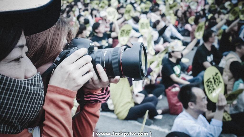 超多攝影師紀錄當天反核活動的現場