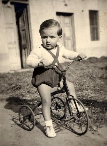 1. Triciclo, anni 20 - Proprietà Pino e Pina Pini-001