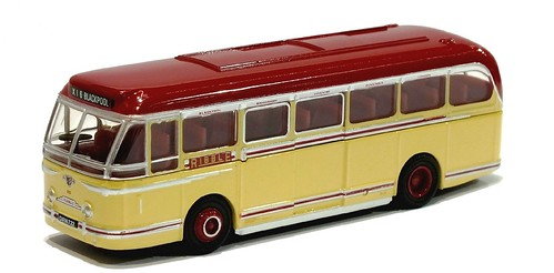 Oxford Leyland Royal Tiger Ribble-001