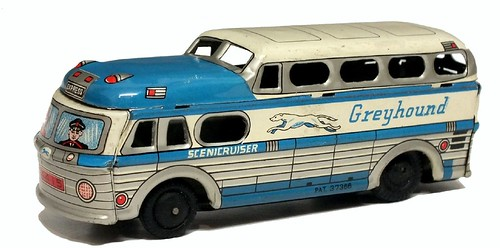 Yone Greyhound bus
