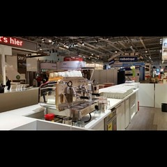 "#HummerCatering @EworldEssen #eon letzter Tag #Messecatering #Messe #Essen #Kaffeecatering #Kaffeemaschine http://goo.gl/WXAEWm • <a style=""font-size:0.8em;"" href=""http://www.flickr.com/photos/69233503@N08/16323304627/"" target=""_blank"">View on Flickr</a>"