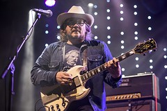 """Wilco - Vida Festival 2016 - Viernes - 3 - M63C1766 • <a style=""""font-size:0.8em;"""" href=""""http://www.flickr.com/photos/10290099@N07/27852392110/"""" target=""""_blank"""">View on Flickr</a>"""