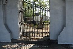 Corner entrance