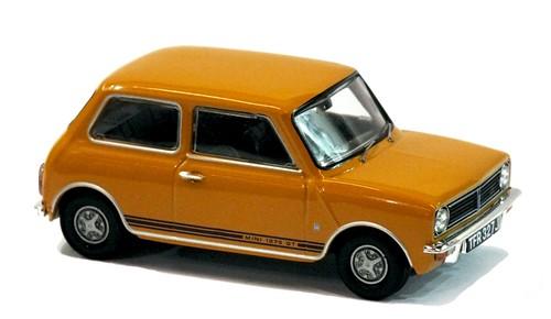 Corgi Mini Clubman 1275 GT (1)