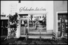 "Schokoladenladen • <a style=""font-size:0.8em;"" href=""http://www.flickr.com/photos/58574596@N06/11386084466/"" target=""_blank"">View on Flickr</a>"