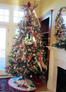 Custom Christmas Decorations - Lisa Greene, AAF, AIFD, PFCI