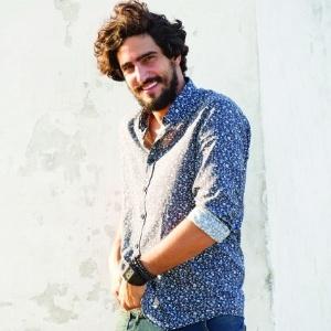 Renato Góes, que viveu Santo, diz que ficou surpreso com status de galã