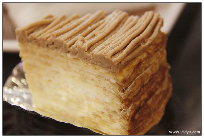 [台南.美食]深藍咖啡館~栗子千層薄餅.薄餅香奶油不膩口 @VIVIYU小世界