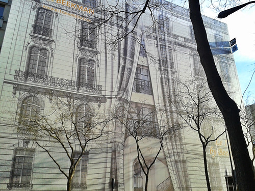 """Building cover - Paris France • <a style=""""font-size:0.8em;"""" href=""""http://www.flickr.com/photos/104409572@N02/11478069025/"""" target=""""_blank"""">View on Flickr</a>"""