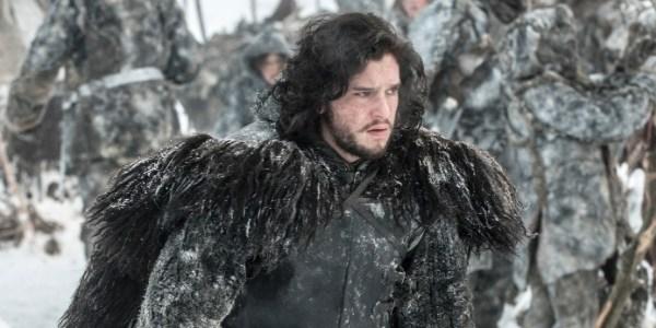 Ator que vive Jon Snow aparece sem barba e surpreende fãs