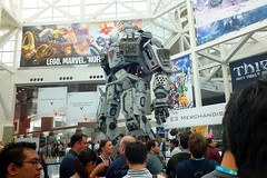 2013 E3 - Titanfall Robot D
