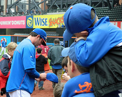 Matt Harvey Signs Autographs