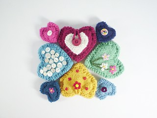 Free #knitting pattern \\ Pocket #Hearts \\ http://ow.ly/Y0B6b #valentinesday