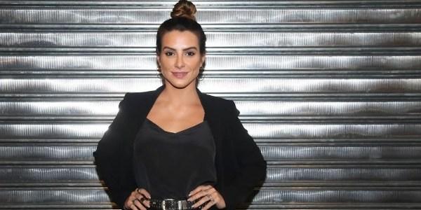 """""""Estou sendo uma porta-voz"""", diz Cléo Pires sobre posar nua contra estupro"""