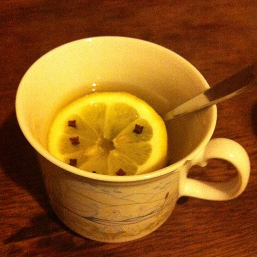 Hot #Whisky with #lemon, #cloves and #honey