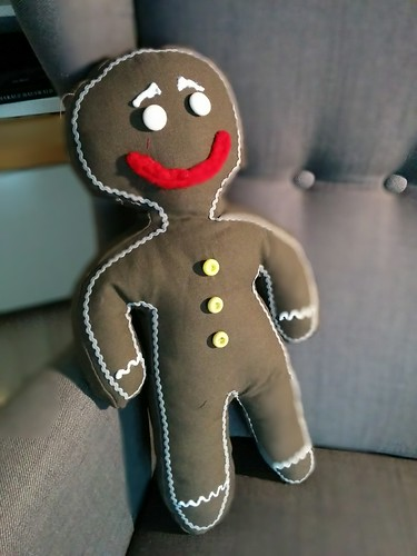 "Gingerbread Man Kissen • <a style=""font-size:0.8em;"" href=""http://www.flickr.com/photos/92578240@N08/16036486506/"" target=""_blank"">View on Flickr</a>"