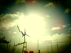 Éolienne à contre jour