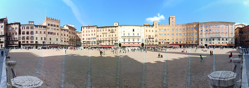"""Piazza del Campo • <a style=""""font-size:0.8em;"""" href=""""http://www.flickr.com/photos/96019796@N00/17073507806/"""" target=""""_blank"""">View on Flickr</a>"""