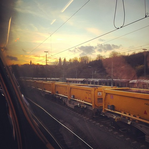 #Sonnenuntergang auf #Schienen #sunset on #rails