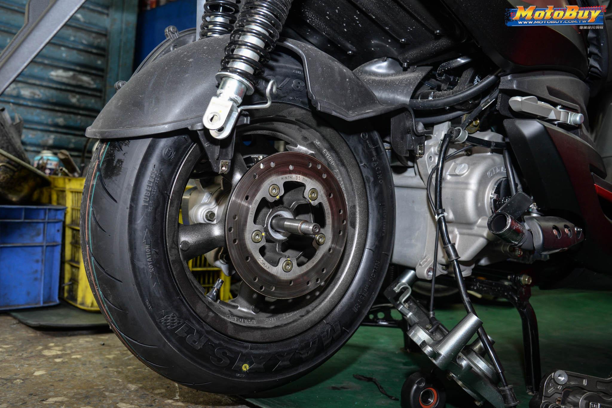[部品情報] KYMCO G-Dink 輪胎升級篇 - 服貼地表利器 MAXXIS MA-R1 | MotoBuy