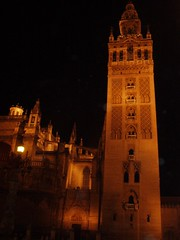 2007 09 05 Sevilla Giralda at night