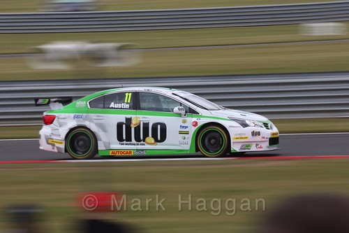 Rob Austin in Touring Car action during the BTCC 2016 Weekend at Snetterton
