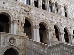2011 05 23 Scala dei Giganti - Mars and Neptune 1467