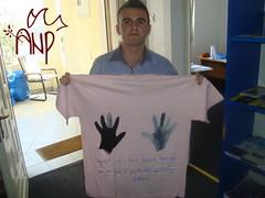 Participantspresentingshirt2