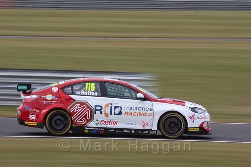Ashley Sutton in Touring Car action during the BTCC 2016 Weekend at Snetterton