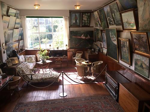 Voici l'intérieur reconstitué de sa maison.