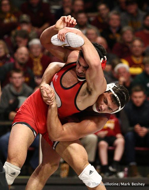184 #12 Nicholas Gravina (Rutgers) dec. Brandon Krone (Minnesota) 4-3. 190106AMK0123