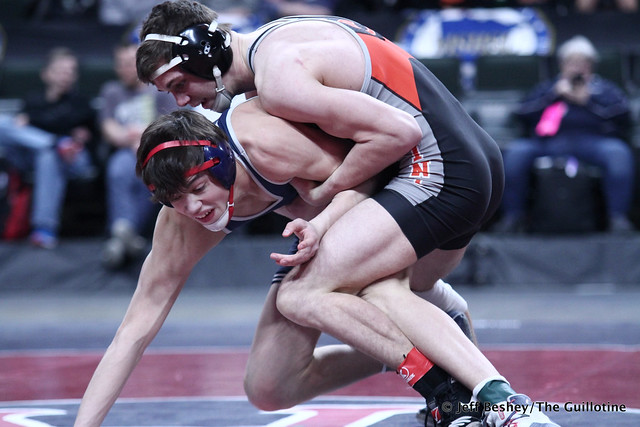 138A 1st Place Match - Mark Buringa (St Charles) 22-1 won by decision over Blake Legred (United South Central) 41-5 (Dec 3-2). 190302CJF0368